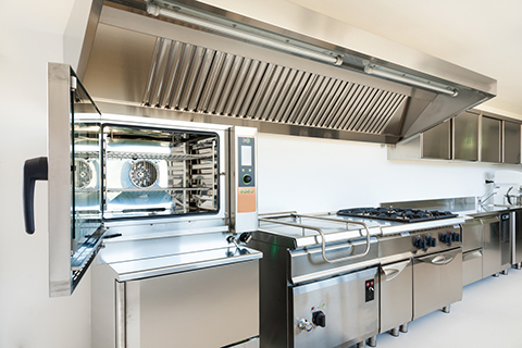Cleaning & Servicing Commercial Kitchen Equipment